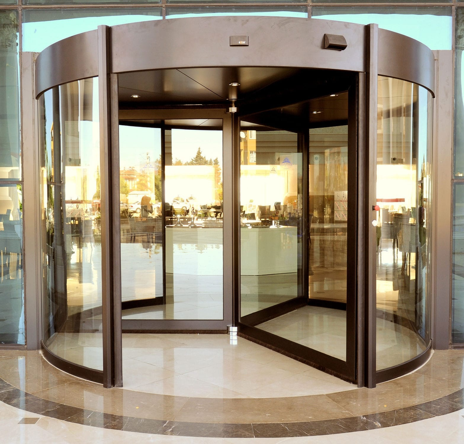 High Capacity Revolving Automatic Entry Door.
