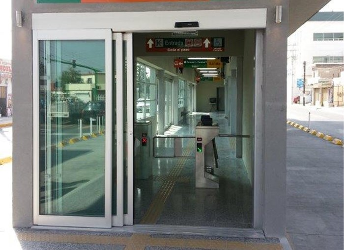 Telescoping Automatic Entry Door.